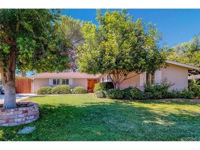 Woodland Hills Single Family Home For Sale: 5801 McDonie Avenue