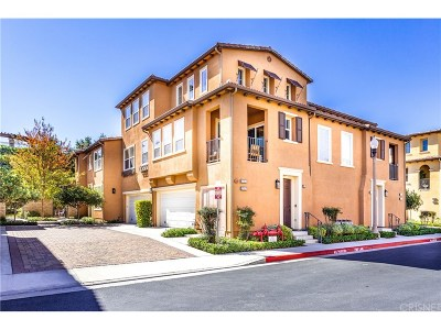 Valencia Condo/Townhouse For Sale: 27017 Pebble Beach Drive