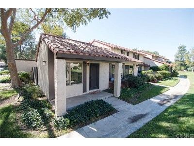 Agoura Hills Condo/Townhouse For Sale: 27416 Rondell Street