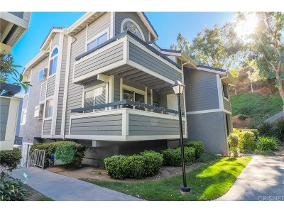 Canyon Country Condo/Townhouse For Sale: 26950 Flo Lane #371