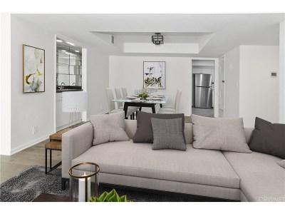 Encino Condo/Townhouse For Sale: 16022 Moorpark Street #202