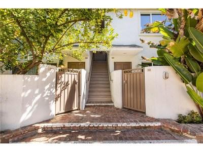 Tarzana Condo/Townhouse For Sale: 18611 Collins Street #E34