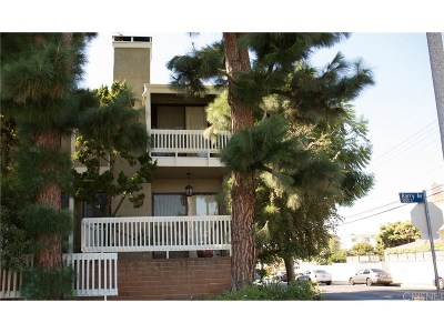 Condo/Townhouse For Sale: 1801 Barry Avenue