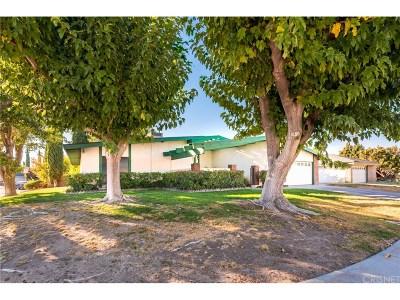 Lancaster Single Family Home For Sale: 43723 Sentry Lane