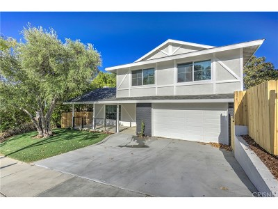 Single Family Home Active Under Contract: 22320 Barbacoa Drive