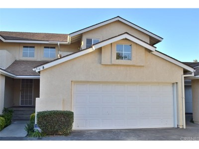 Saugus Condo/Townhouse For Sale: 22940 Banyan Place #318