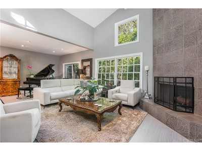 Calabasas CA Condo/Townhouse For Sale: $899,000