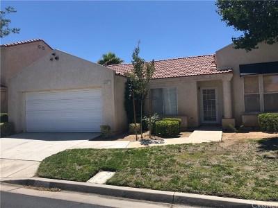 Palmdale Condo/Townhouse Active Under Contract: 40157 Casillo Road