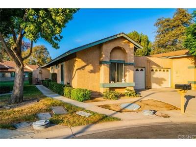 Camarillo Condo/Townhouse For Sale: 44212 Village 44