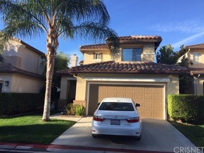 Canyon Country Condo/Townhouse For Sale: 18818 Aphrodite Lane