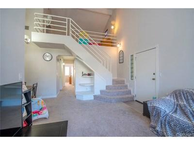 Canyon Country Condo/Townhouse For Sale: 28039 Sarabande Lane #116