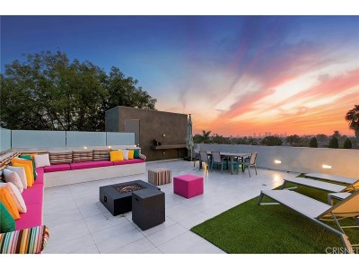 Los Angeles County Single Family Home For Sale: 432 North Gardner Street