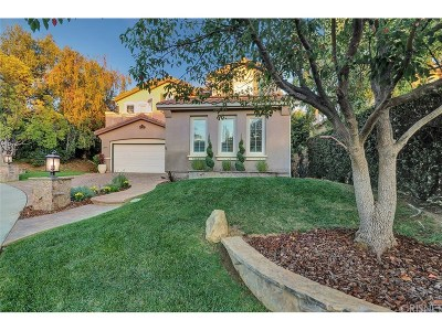Simi Valley Single Family Home For Sale: 150 Laurel Wood Court