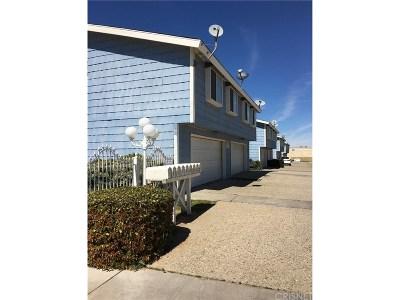 Lancaster Condo/Townhouse For Sale: 5033 West Avenue L10 #1