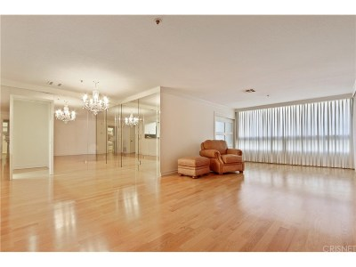 Los Angeles Condo/Townhouse For Sale: 880 West 1st Street #404