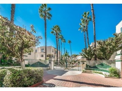 Sherman Oaks Condo/Townhouse For Sale: 5455 Sylmar Avenue #1902