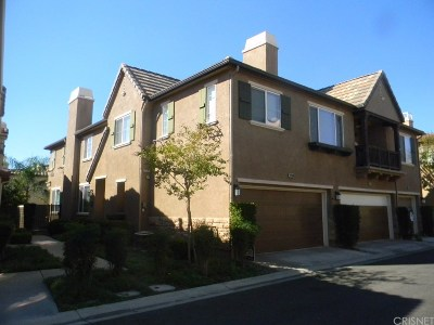 Saugus Condo/Townhouse For Sale: 28369 Mirabelle Lane