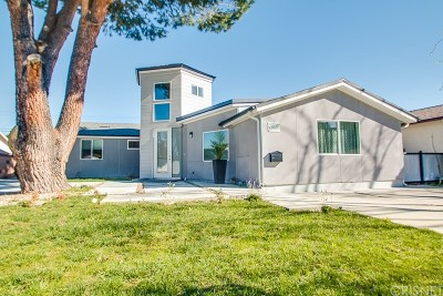 Woodland Hills Single Family Home For Sale: 23539 Styles Street