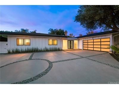 Woodland Hills Single Family Home For Sale: 22517 Calvert Street