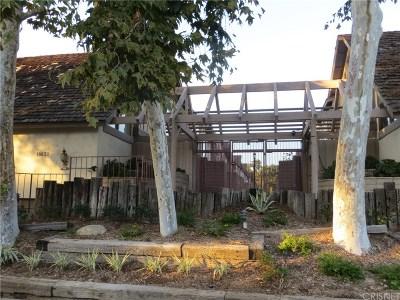 Tarzana Condo/Townhouse For Sale: 18631 Collins Street #10