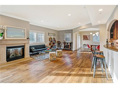 Studio City Condo/Townhouse Sold: 11540 Moorpark Street #PH402