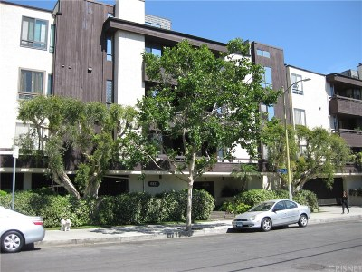 Sherman Oaks Condo/Townhouse For Sale: 4822 Van Noord Avenue #10