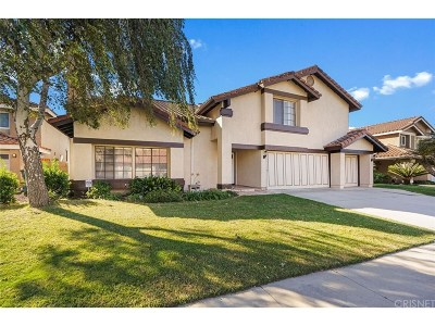 Moorpark Single Family Home For Sale: 11568 Poppyglen Court