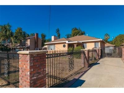Single Family Home For Sale: 15537 Wyandotte Street