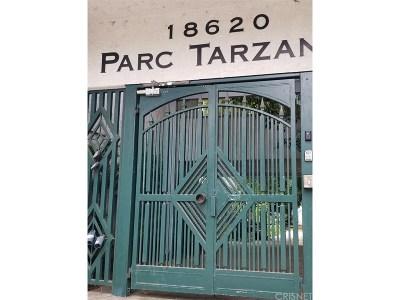 Tarzana Condo/Townhouse For Sale: 18620 Hatteras Street #165