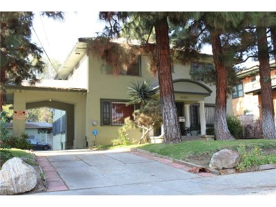 Hollywood Single Family Home For Sale: 1821 North Wilton Place