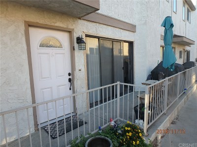 Sylmar Condo/Townhouse For Sale: 14291 Foothill Boulevard #6