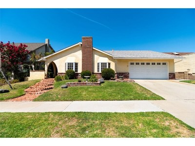 Simi Valley Single Family Home For Sale: 2737 North Highgate Place