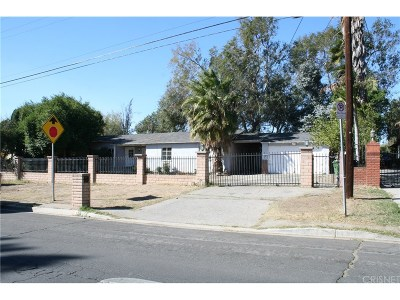 Sylmar Single Family Home For Sale: 15445 Bledsoe Street