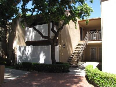 Granada Hills Condo/Townhouse For Sale: 10331 Lindley Avenue #257