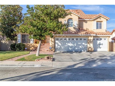 Palmdale Single Family Home For Sale: 37649 Highland Court