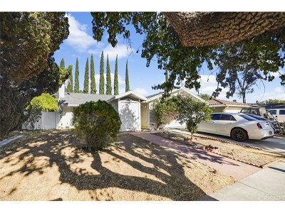 Chatsworth Single Family Home For Sale: 9430 Glade Avenue