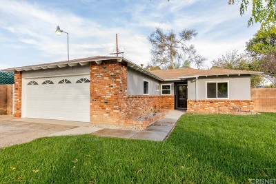 Northridge Single Family Home For Sale: 8300 Geyser Avenue