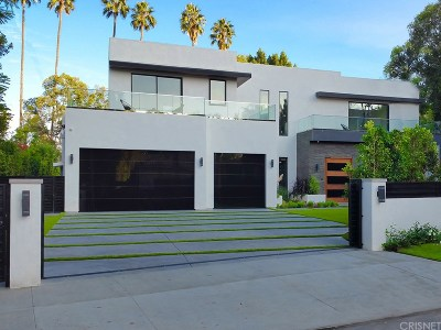 Encino Single Family Home For Sale: 4810 Woodley Avenue