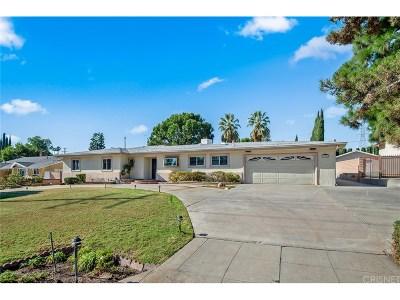 Granada Hills Single Family Home For Sale: 11321 Encino Avenue