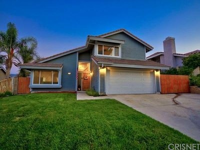 Canyon Country Single Family Home For Sale: 17352 Sarita Avenue