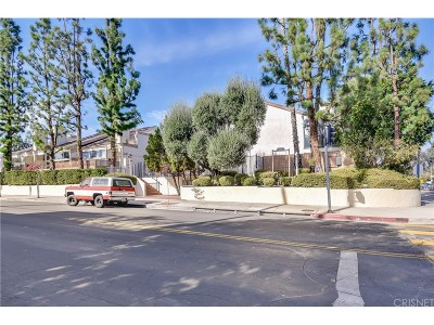 Encino Condo/Townhouse For Sale: 17711 Margate Street #115