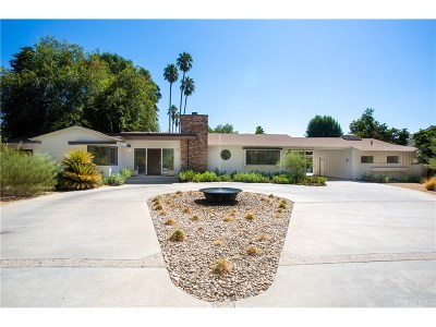 Northridge Single Family Home For Sale: 8808 Shoshone Avenue