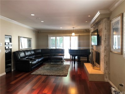 Single Family Home For Sale: 3207 Earlmar Drive