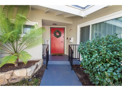 North Hills Single Family Home For Sale: 15900 Gledhill Street