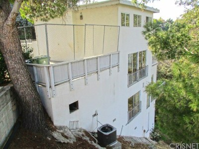 Single Family Home For Auction: 8383 Grand View Drive