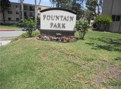 Woodland Hills Co-op For Sale: 6040 Nevada Avenue #12