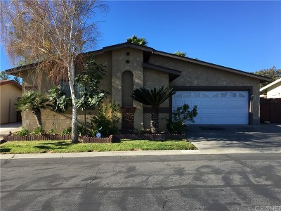 Castaic Single Family Home For Sale: 31921 Emerald Lane