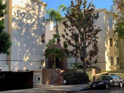 Sherman Oaks Condo/Townhouse For Sale: 5420 Sylmar Avenue #202