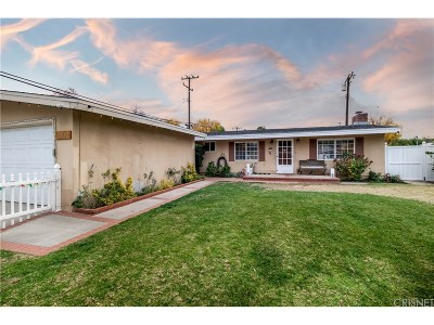 Saugus Single Family Home For Sale: 22652 Los Rogues Drive