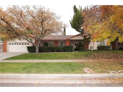 Palmdale Single Family Home For Sale: 408 Bogie Street